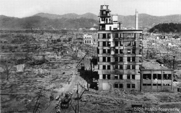 Памяти жителей Хиросимы и Нагасаки