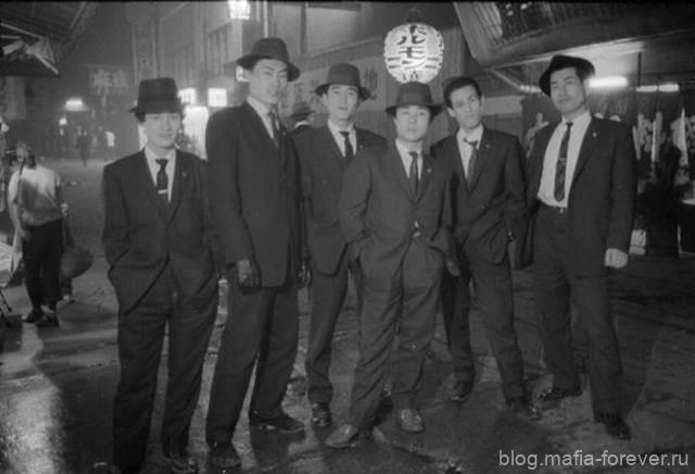 Японские гангстеры (якудза)